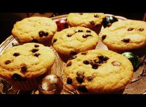 eggless vanilla bean cupcakes