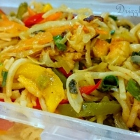 Vegetable Hakka Noodles in Chili Lemon Sauce