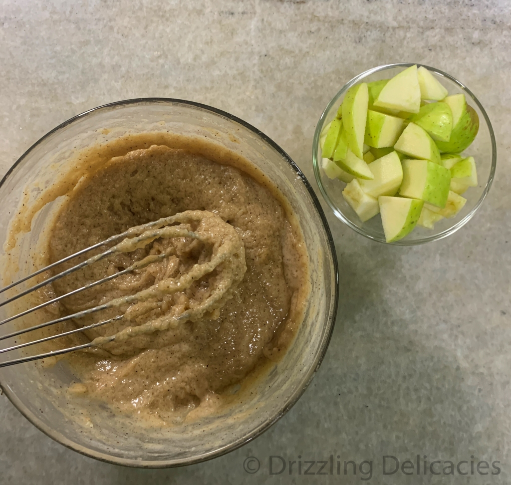 making green apple muffins with cinnamon