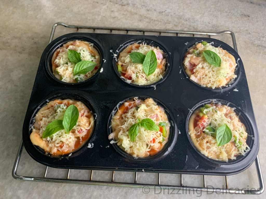 baking pizza muffin in oven