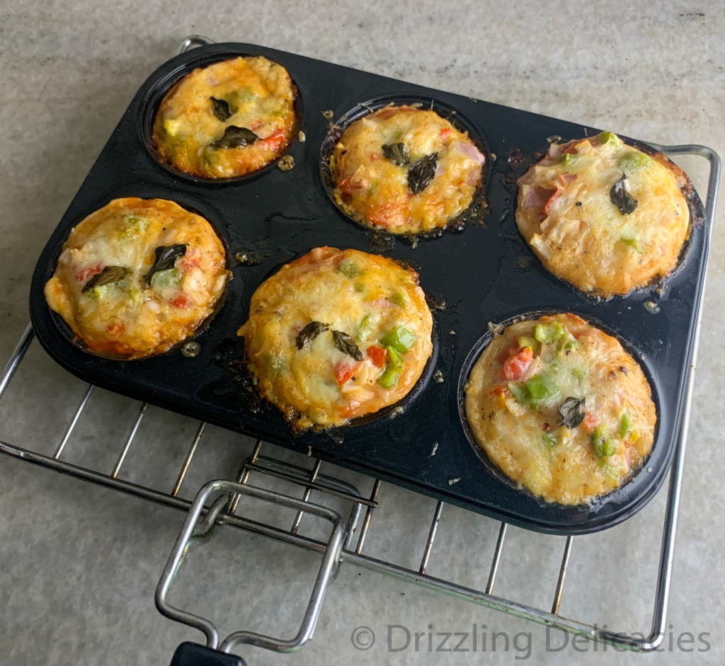Baked Vegetarian pizza muffins
